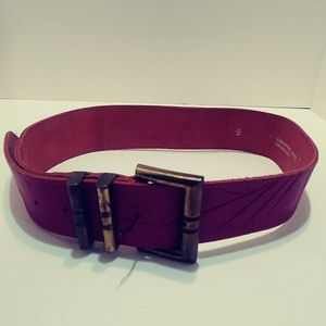Made in paris pink leather belt.